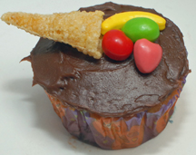 Thanksgiving cornucopia cupcake