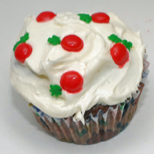 Holly berry Christmas cupcakes