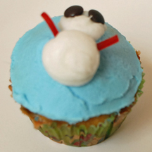 snowman cupcake with M&M eyes