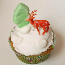 deer and tree cupcake