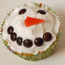 snowman face cupcake