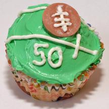 Super Bowl cupcake