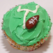 football goalpost cupcakes