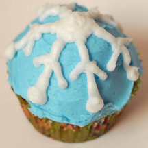 Snowflake cupcakes (rounded)