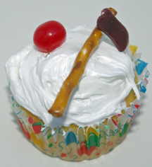 Washington's birthday cupcake