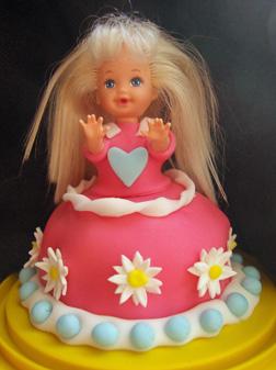 Kelly doll Barbie cake