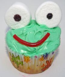 Leap Year frog cupcake