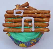 log cabin cupcake