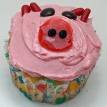 Pink pig cupcake
