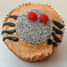 Nonpareil spotted spider cupcake