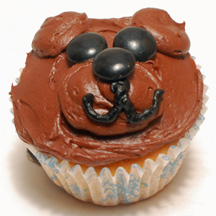 Chocolate teddy bear cupcake