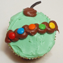 Green ornament cupcake