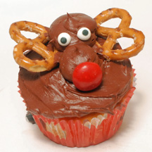 3D reindeer cupcake