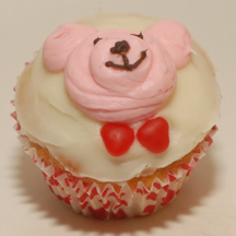 Valentine bear cupcake
