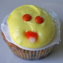 Easy Easter chick cupcake