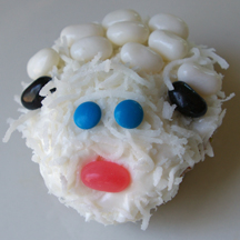 Easter sheep cupcake