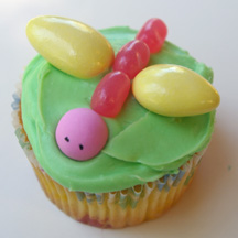 Dragonfly cupcake