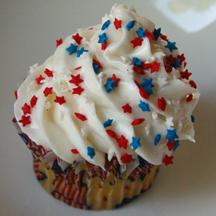 Fourth of July swirl stars cupcake