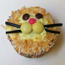 Coconut lion cupcake