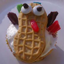 Nutter Butter turkey cupcake