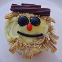 Scarecrow cupcake