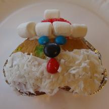 Heart Santa cupcake