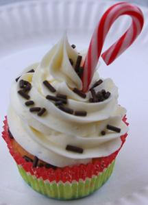 Candy cane swirl cupcake