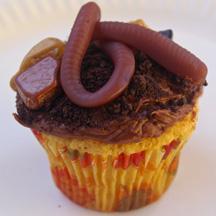 Worm cupcake