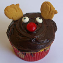 Reindeer cupcake with animal cracker ears