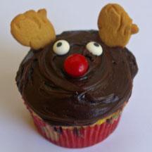 Reindeer cupcake with animal cracker ears