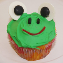 Green frog cupcakes